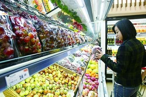 新的口岸投入使用后,水果可直接在重庆通关,坐铁路,坐飞机,坐船来重庆